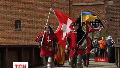 Міжнародний лицарський турнір у Польщі закінчився перемогою господарів