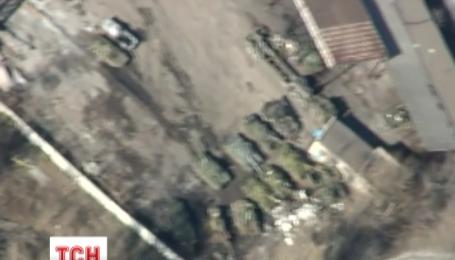 Аэроразведка засняла танки на улицах Донецка