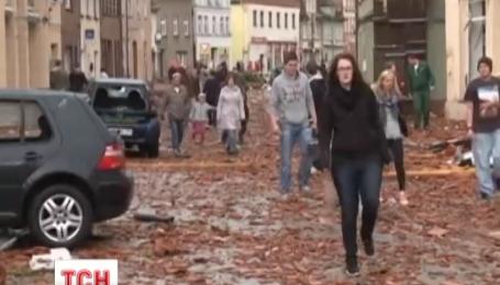 Шторм спричинив масштабні руйнування на півночі Німеччини