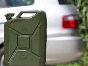 """Неприятный """"сюрприз"""" для автомобилистов: в Украине снова начали дорожать бензин и газ"""