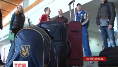 На реабилитацию в Литву полетели пятеро раненых на Донбассе бойцов