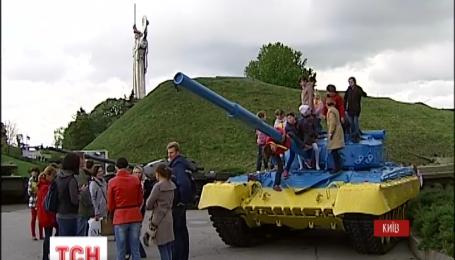 Киев готовится к вечерней акции «Первая минута мира»