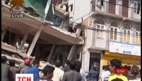 Непал знову потерпає від землетрусу