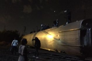 У США пасажирський поїзд врізався в пікап, є загиблі