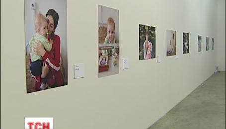 Кращі сучасні українські митці об'єднались заради порятунку життя немовлят