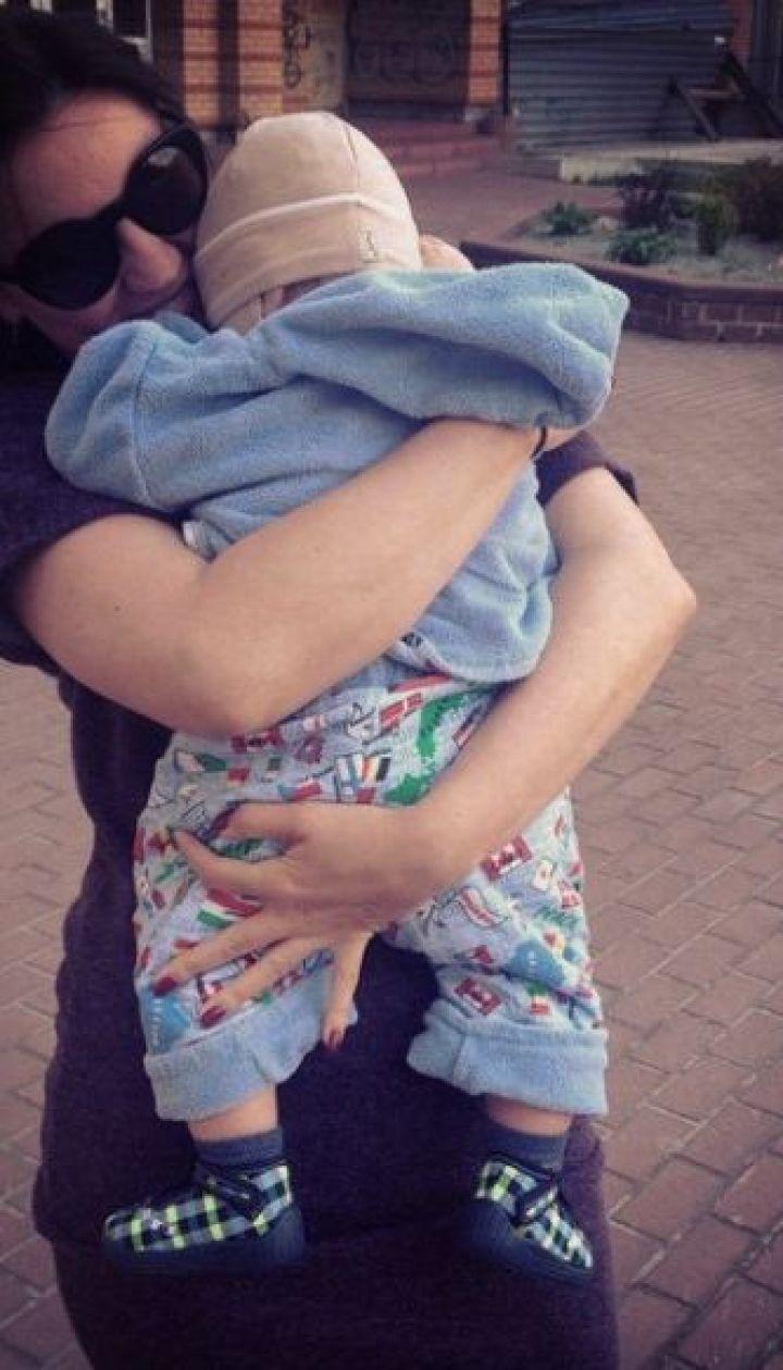 Оля Цибульская с сыном Нестором @ Инстаграм