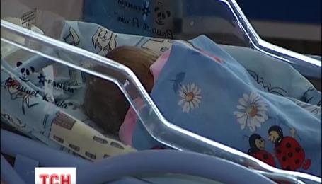 Ночью в столице под больницу подбросили младенца