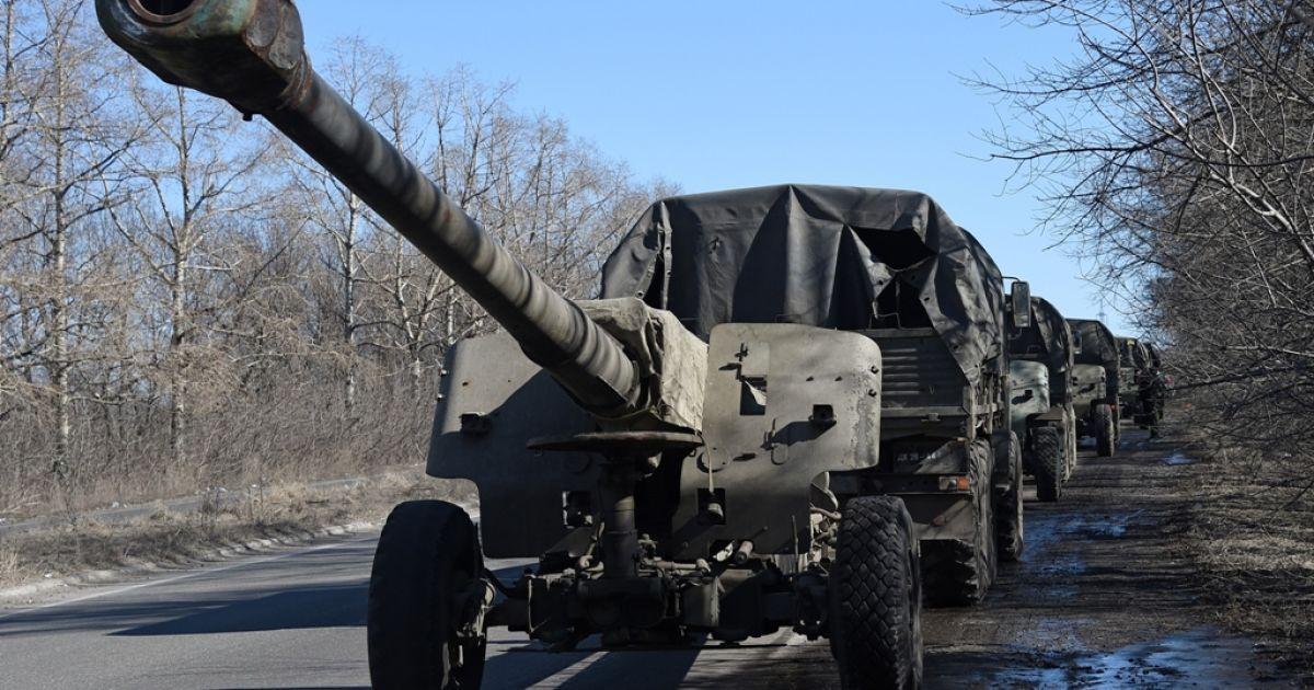 Великобритания требует от России прекратить вооружать боевиков и вывести своих военных с Донбасса