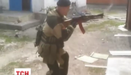 В поселке Луганское осколками был ранен семилетний мальчик