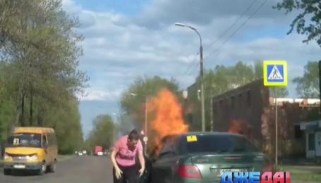 Из-за взрыва газобаллонного оборудования в России едва не погибла женщина. Подборка аварий