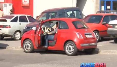Больше всего страдают от аферистов водители с нетонироваными окнами