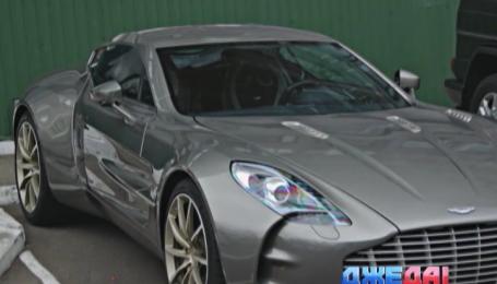 Один из самых дорогих автомобилей в мир ездит по Киеву