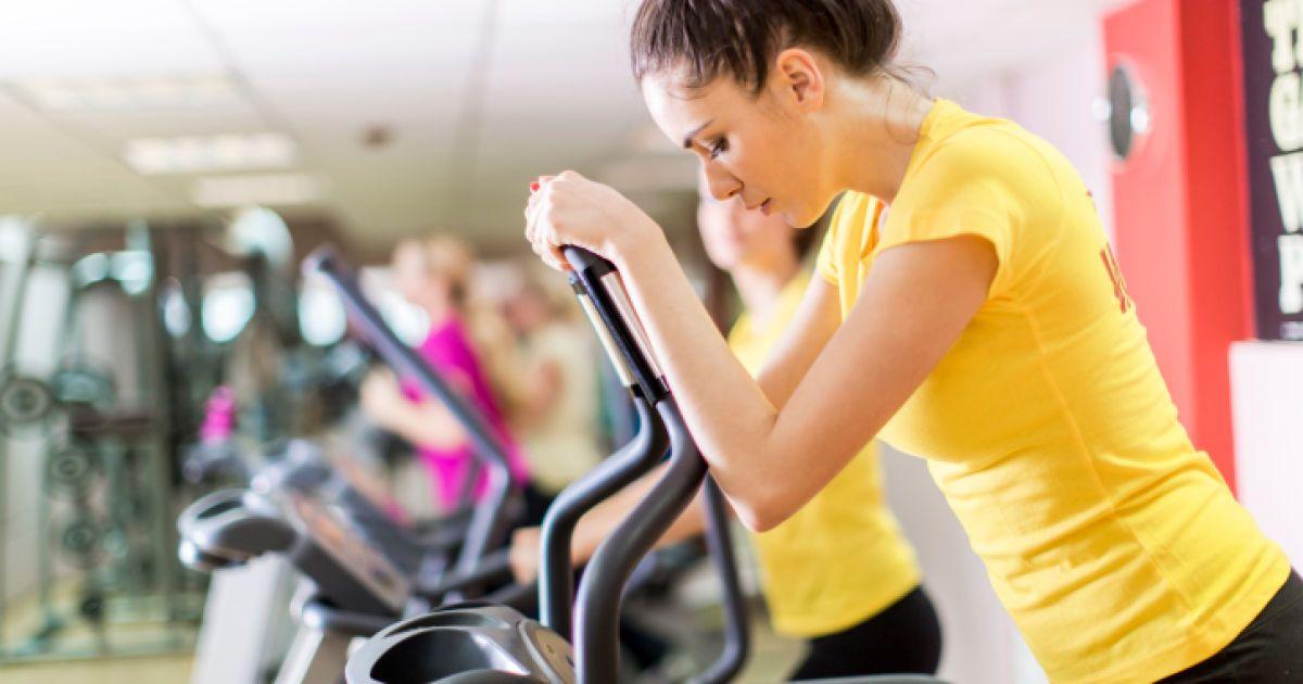 Бег при месячных и можно ли качать пресс во время месячных не вредя здоровью, занятия фитнесом в критические дни