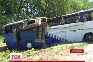 Пассажиры автобуса, который разбился в Винницкой области, рассказали подробности ДТП