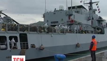 Итальянская полиция выловила из Средиземного моря 900 нелегалов за последние сутки