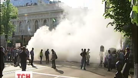"""Участники """"финансового Майдана"""" разблокировали правительственный квартал"""