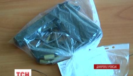 У Дніпропетровську затримали трьох чоловіків, які зухвало грабували аптеки