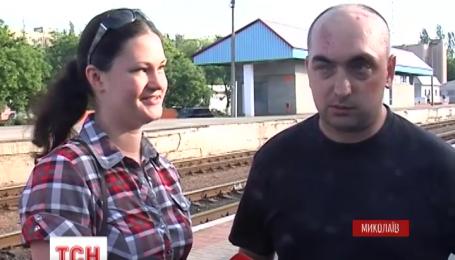 Після 4 місяці лікування у Миколаєві зустріли захисника Донецького аеропорту Сергія Грецького