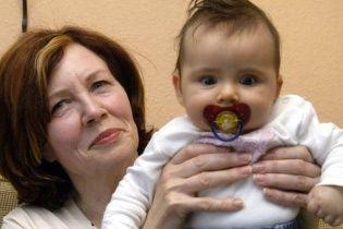 Оплодотворенная в Украине 65-летняя немка родила четырех близнецов