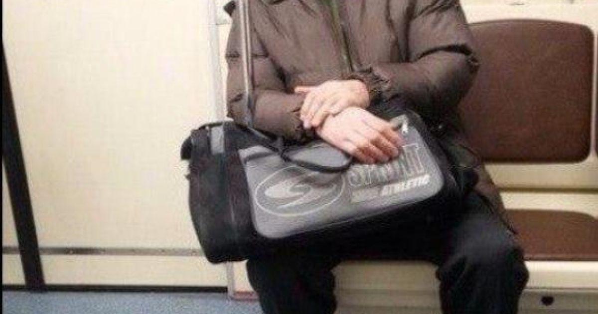 """""""Лукашенко"""" заснул в метро. @ Еспресо.TV"""