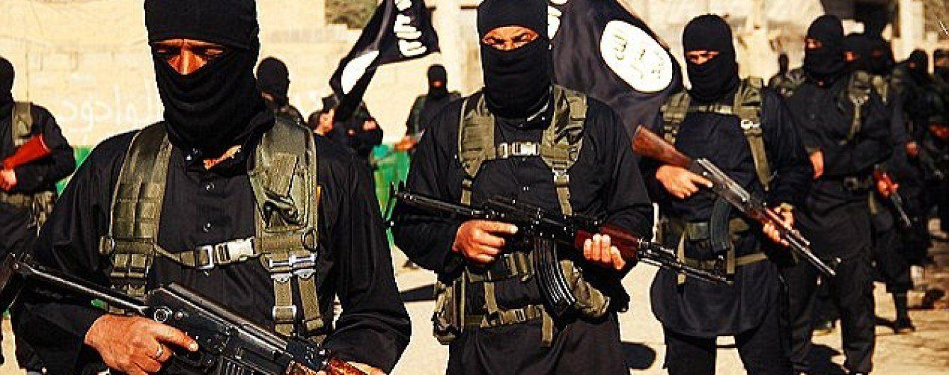 """""""Ісламська держава"""" наполовину урізала зарплати бойовикам – ЗМІ"""