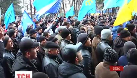 Кримський суд відмовився відпустити з-під арешту Ахтема Чийгоза