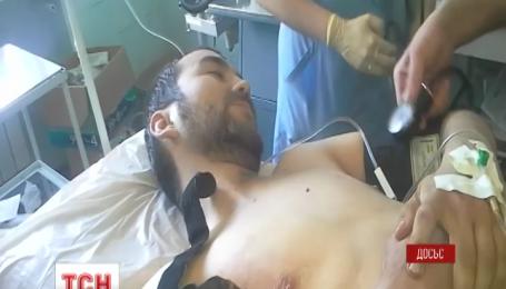 Российский консул посетил двух спецназовцев в столичном госпитале