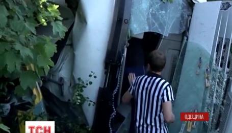 Одна людина загинула та дев'ятеро отримали травми внаслідок ДТП на Одещині