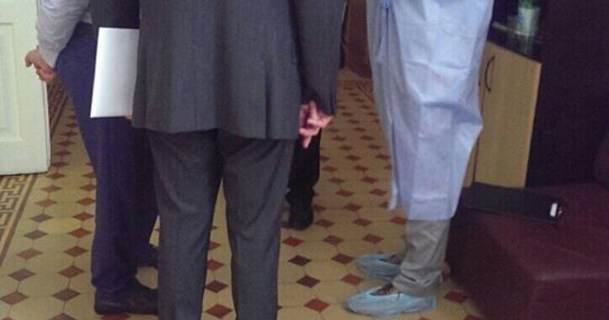 Російський консул відвідав арештованих @ twitter/СБУ