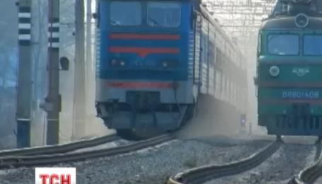 На трійцю до Маріуполя підуть пасажирські потяги