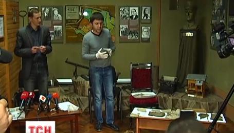 На Прикарпатті знайшли другий за місяць повстанський архів