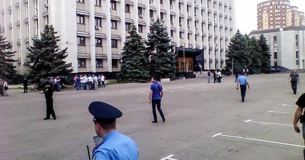 Правоохранители обыскивают Одесский облсовет