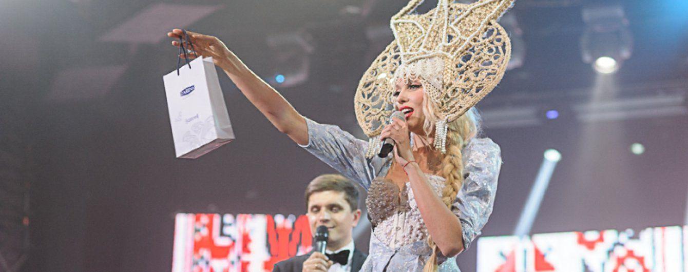 """Оля Полякова """"подралась"""" с Камалией на благотворительном аукционе"""