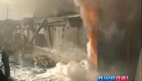 Пожар на мини-АЗС в Харькове едва не уничтожил целый кооператив