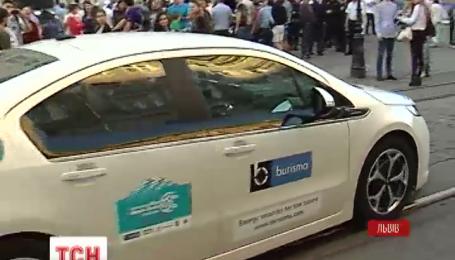 Из Киева в Монте-Карло отправился международный марафон электромобилей