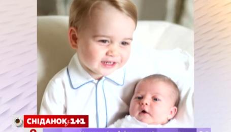 Мир увидел первые фото принца Джорджа и принцессы Шарлотты