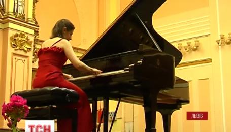 Відома  піаністка Крістіна Лусіо Війєгас дала в Україні два сольних концерти
