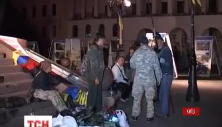 На Майдане Независимости появилось 6 палаток