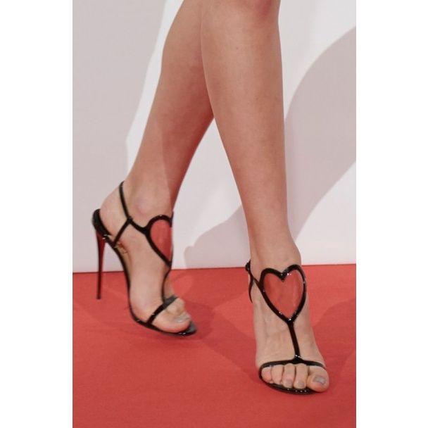 Звездные поклонницы обуви Christian Louboutin