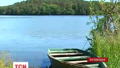 Двое детей пяти и семи лет утонули в Житомирской области