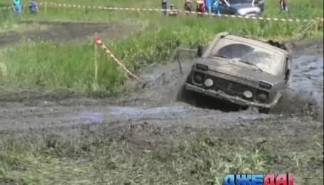 В Харькове отгремел масштабный джип-фестиваль