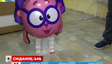 Скільки коштують композиції із повітряних кульок