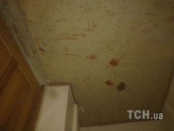 В Харькове несколько десятков человек в масках устроили резню в студенческом городке