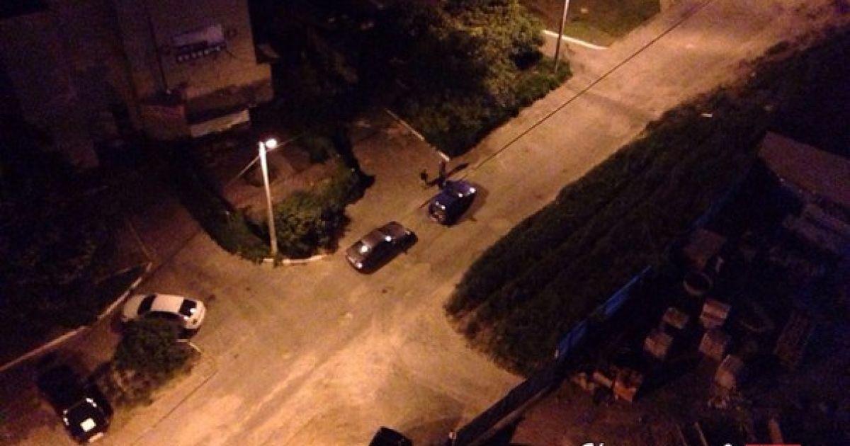 Машины, которые пострадали от нападавших. @ ВКонтакте/Харьков live