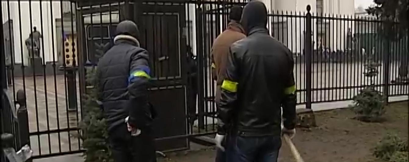 """ГПУ поскаржиться на суддів за звільнення підозрюваного у видачі зброї """"титушкам"""" для розгону Майдану"""