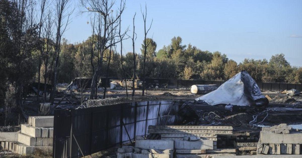 Пожар уничтожил нефтебазу