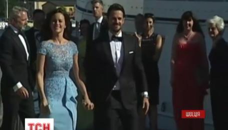 Принц Швеції одружився з зіркою реаліті-шоу