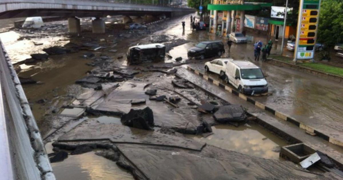 Тбілісі потерпає від масштабної повені