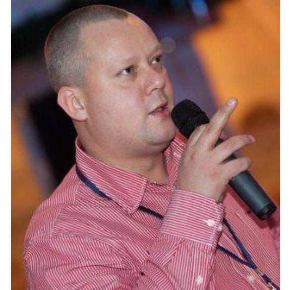 Кирило Сазонов, журналіст