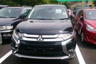 В Сети рассекретили обновленный Mitsubishi Outlander PHEV